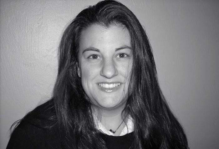 Christi Corbett Headshot 2