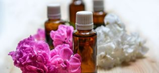 3 Ways Essential Oils Make it Easier to Be Creative