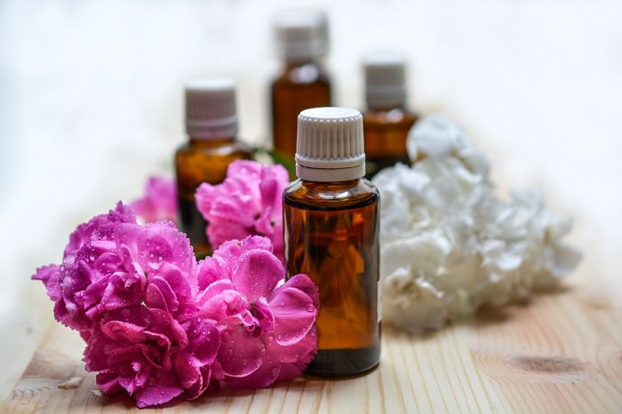 essential-oils-purple flowers 2