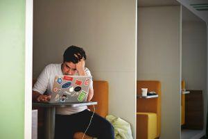 man-writer-negative-doubt-laptop-2