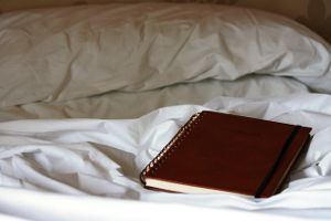 notebook-bed