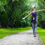 5 Unique Walks that Boost Writing Focus and Creativity